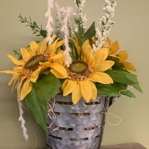 Sunflower Centerpiece Farmhouse Decor